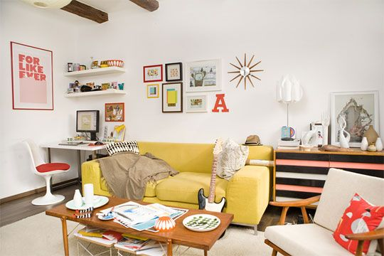 Colorful Room: Living Rooms, Studios Spaces, Studios Offices, Colors Rooms, Cute Photos, Yellow Couch, Home Studios, Bright Colors, Desks Spaces