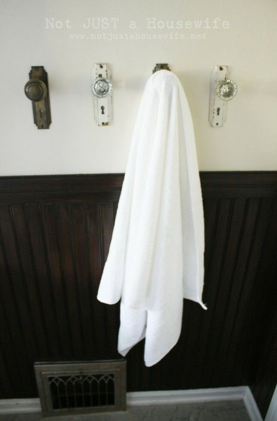 towel hooks - 25 Bathroom Organization Ideas