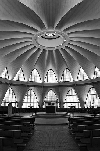 The Priory Chapel St. Louis  HOK: Hellmuth, Obata and Kassabaum + Pier Luigi Nervi (as consultant)  Missouri, USA, 1962