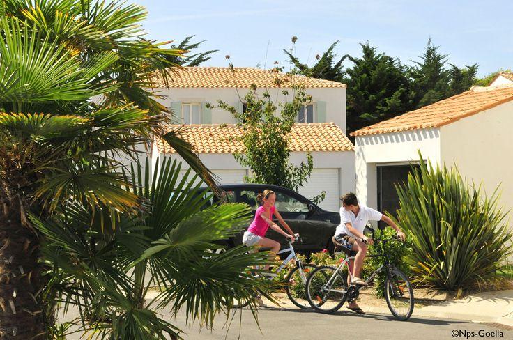 La résidence Goelia, La Palmeraie, 3* à St Georges d'Oléron pour vos vacances en famille ou entre amis.