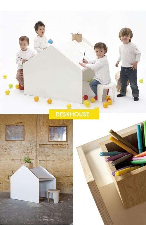 Coolt skrivbord/koja till barn.