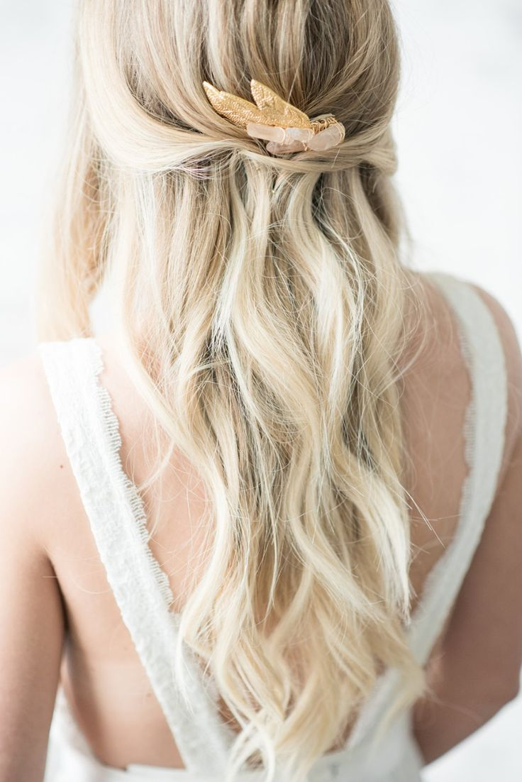How To Style A Flawless Modern Bohemian Wedding Blonde Wedding Hair Wavy Wedding Hair Wedding Hair Inspiration