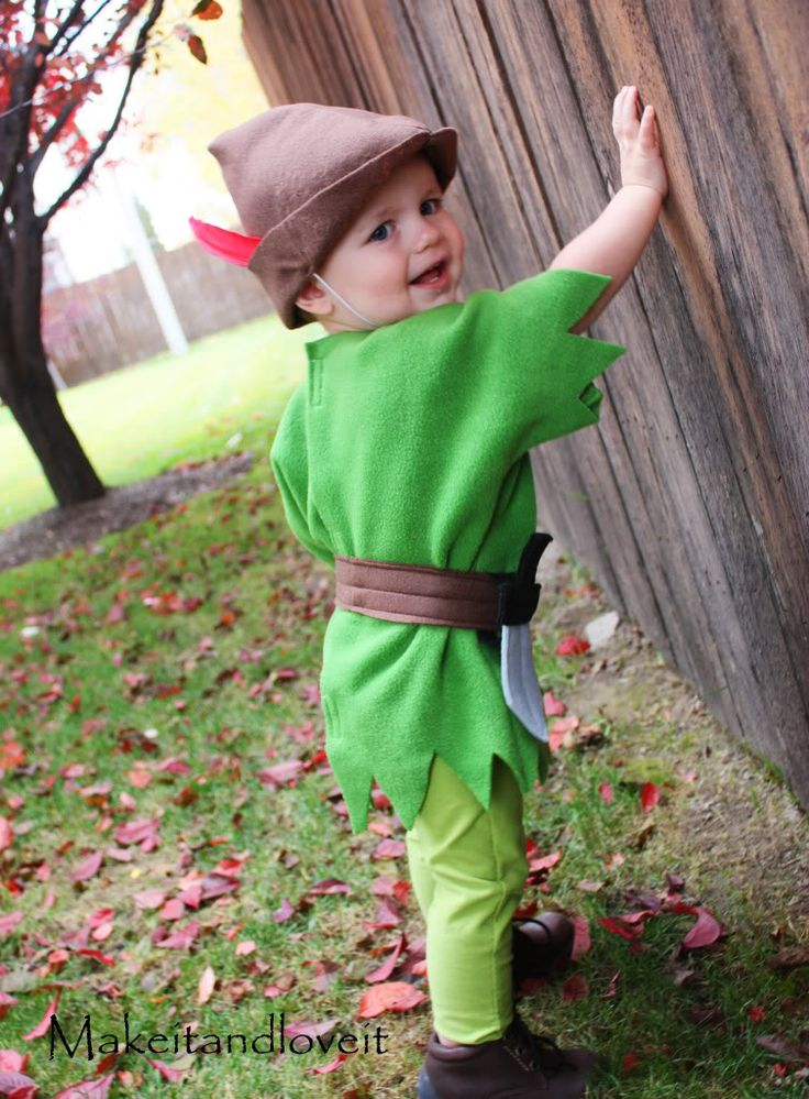peter pan: Books Character, Diy Costumes, Peter Pan Costumes, Robins Hoods, Peter O'Tool, Baby Costumes, Boys Halloween Costumes, Peterpan, Costumes Ideas