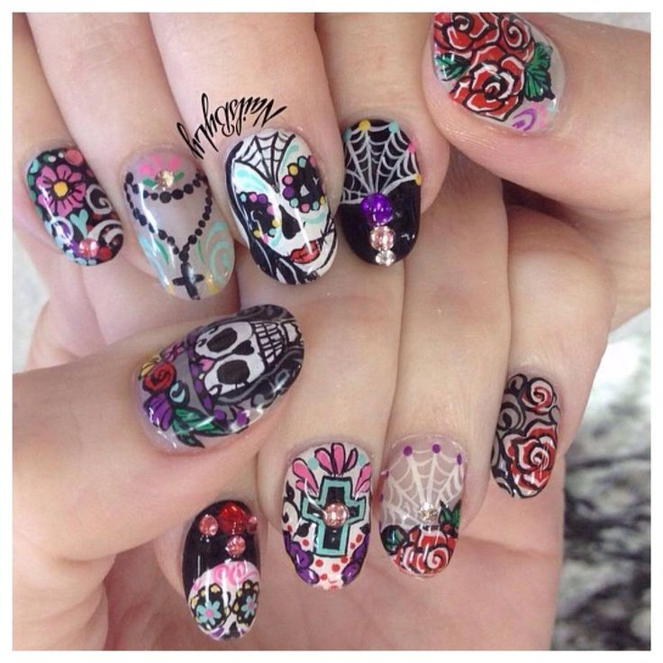 Best 25 sugar skull nails ideas on pinterest skull nail designs halloween day of the dead nail art prinsesfo Gallery