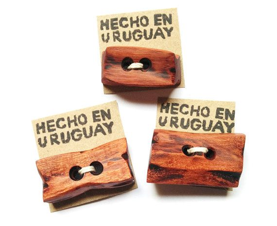 Big wooden buttons. Wood buttons. Red wood by RedWoodUruguay