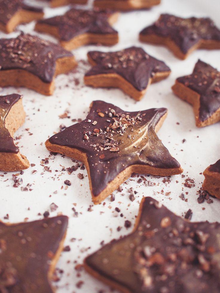 Easy soft gingerbread cookies / vegan /