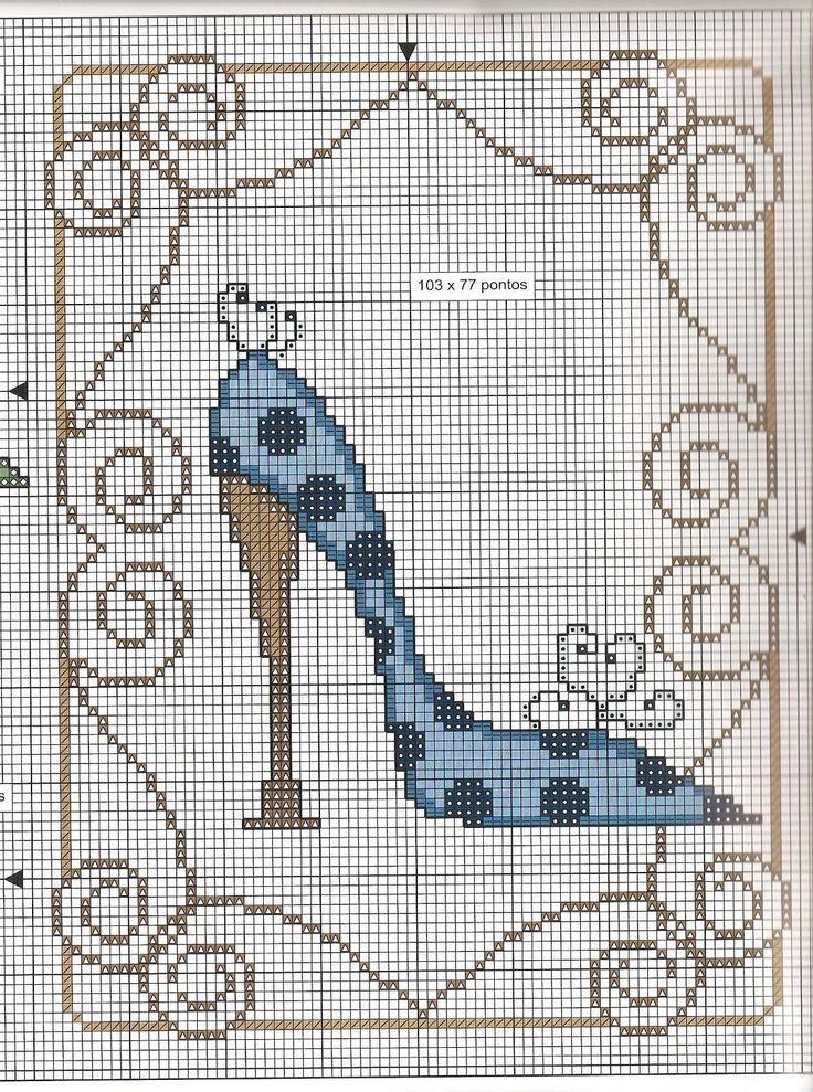 point de croix stiletto bleu - cross stitch blue stiletto