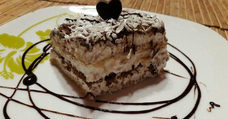 Mennyei Kókuszos csoda recept! Családunk imádja a kókuszos sütiket. Ezt a csodát húsvétra készítettem el. Nagyon finom csak ajánlani tudom.