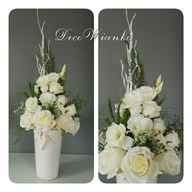 Kompozycja kwiatowa,dekoracje,dekoracja,kwiaty,wazon,wystrój wnętrz,home,dom,