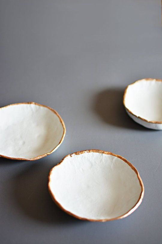 7 Beautiful Projects You Can Easily Make Out of White Air Dry Clay  #creativefun #diy #projects