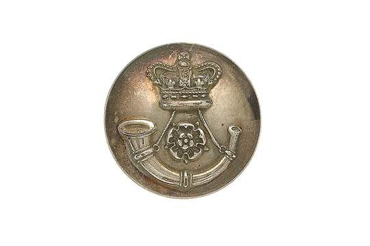 3rd West York Light Infantry Victorian Officer's silvered closed-back coatee button. A fine scarc