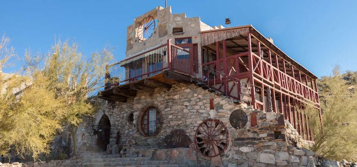 Mystery Castle 800 E Mineral Rd Phoenix Arizona 85042 Usa Cool Places To Visit Castle Best Western