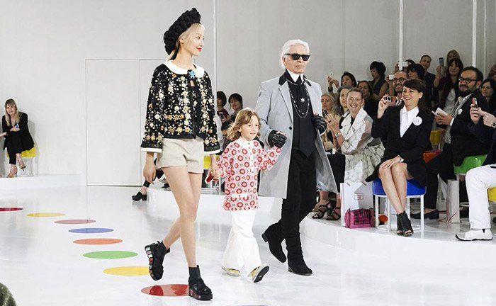 '2014 is het beste jaar van Chanel tot nu toe' // omzet van 5,6 miljard is steiging van 8,5% per jaar // nieuwe plannen: prijzen tassen overal gelijk