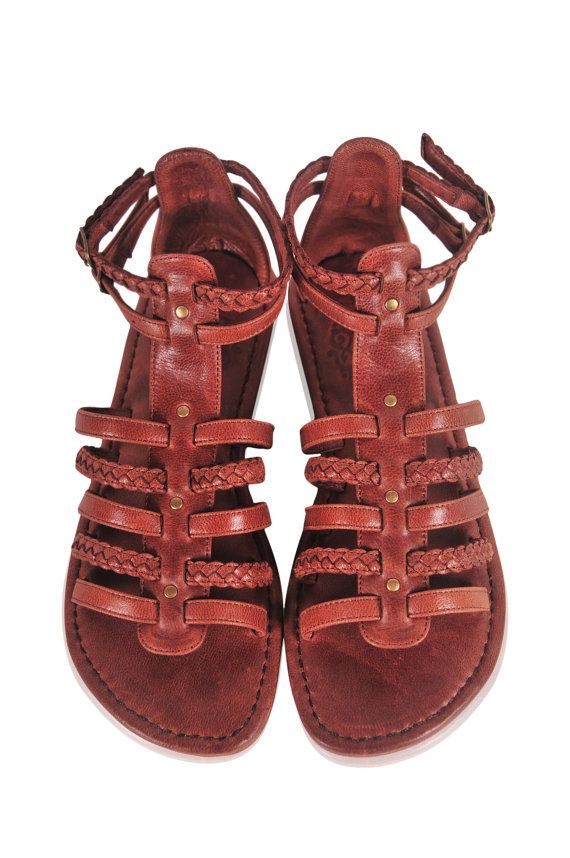 PILGRIM. Brown leather sandals / women shoes /  leather shoes / flat shoes / gladiator. Sizes 35-43. Available in different leather colors.