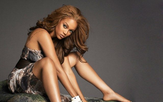 Tyra Banks Height, Weight, Age, Affairs, Wiki & Facts    Biography   Born Name Tyra Lynne Banks   Nickname Tyra Banks   Occupation Actress   Personal Life   Age (as in 2016) 43 years old   Date of birth December 4, 1973   Place of birth Inglewood, California, U.S.   #Affairs #age #Tyra Banks Height #Weight #Wiki & Facts