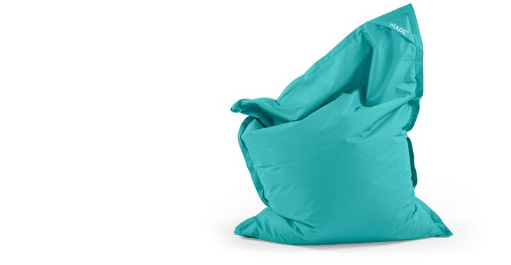 The turquoise Piggy bag is ideal for watching TV, reading and gaming.