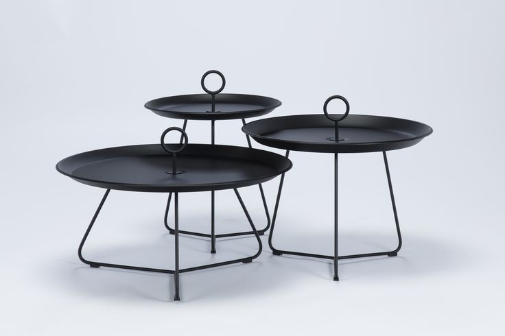 Eyelet Table Houe Disponible en 3 tailles et 7 couleurs Houe, nouvelle marque de design outdoor danois