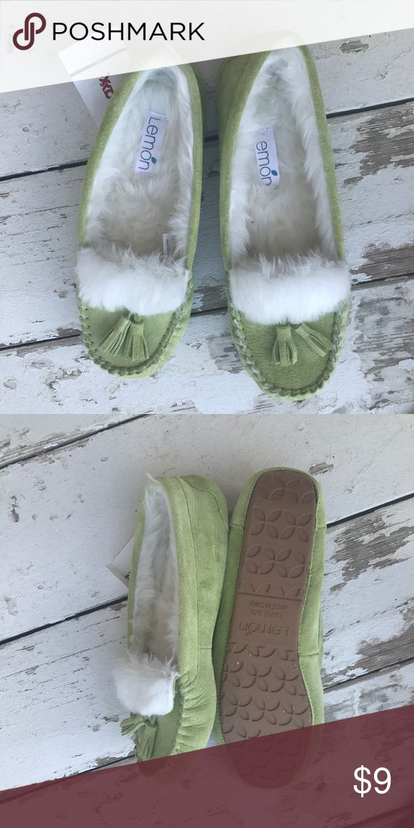 green slipper moccasins green slipper mocassins with two tassles. fits 8 or 9 never been worn! lemon Shoes Moccasins