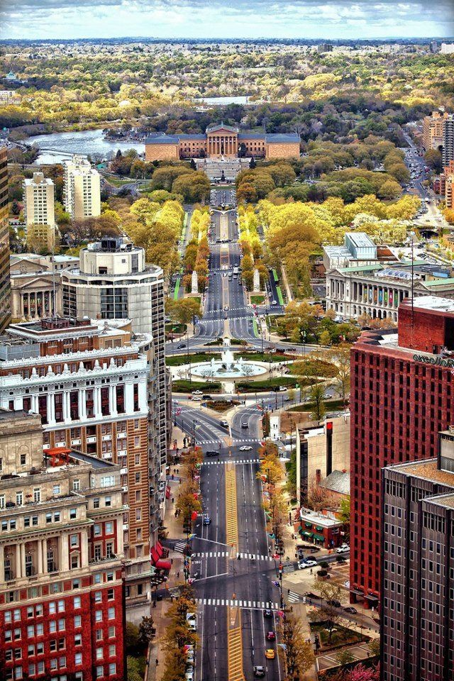 The Ben Franklin Parkway, Logan Circle, Art Museum. So pretty in the fall!