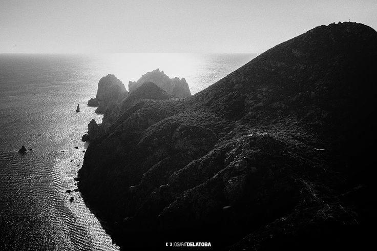 Lands end Los Cabos #josafatdelatoba #cabophotographer #loscabos #bajacaliforniasur #mexico #cabosanlucas #blackandwhite