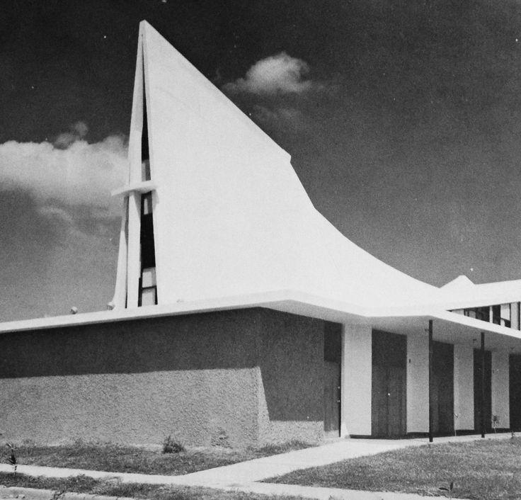San Antigua Apartments: Iglesia Disípulos De Cristo (1964) San Juan, Puerto Rico