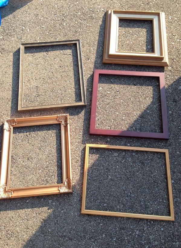 Frames for loose parts art/play via Julie Metcalfe ≈≈