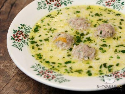 Ciorba de perisoare cu smantana si tarhon ( Meatball Soup with Tarragon )