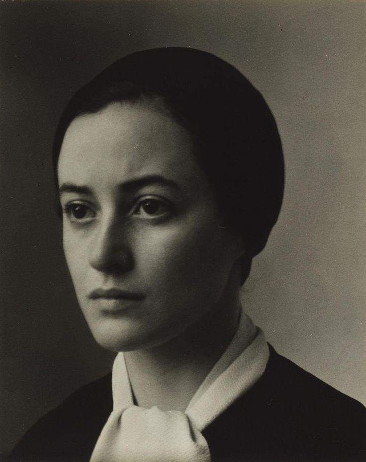 a young Georgia O'Keeffe