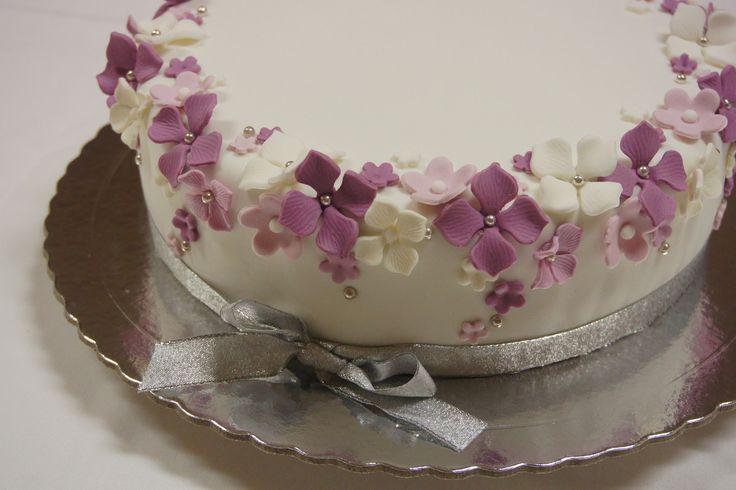 Menina Framboesa: flores em tons de roxo   flowers in shades of purple
