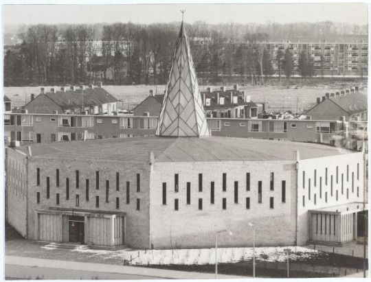 German Post-War Modern: Pastoor van Arskerk (1959-60) in Tilburg, the Netherlands, by Th. van der Bolt