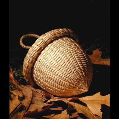 Acorn basket by Stephen Zeh from Temple, Maine via artfair.org