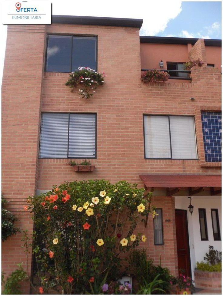 Amplia Casa en Chía de 3 Pisos - Oferta Inmobiliaria  Más Información en: http://www.ofertainmobiliaria.com.co/properties/amplia-casa-en-chia-de-3-pisos/