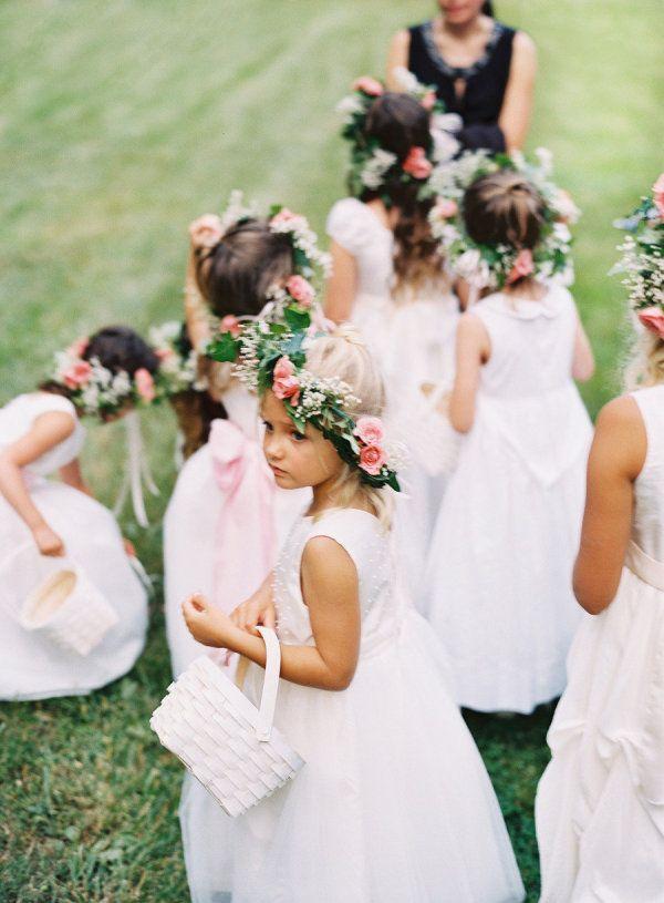 a flock of flower girls  Photography by adambarnesphoto.com