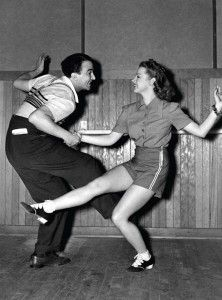 Swing Dance Clothing You Can Dance In http://www.vintagedancer.com/dancing/what-to-wear-to-a-swing-dance/   #swingdancing #1940sfashion