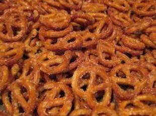 ZESTY RANCH PRETZELS Recipe ranch dressing mix, cayenne pepper, garlic powder, oil, pretzels