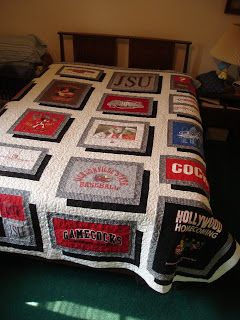 I love the way the t-shirts pop off the quilt! It's like they're floating! #tshirtquilt