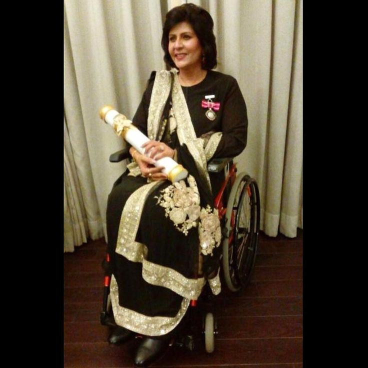 Padma Shri Awardee #DeepaMalik in #Sabyasachi for winning the silver medal at the Rio Paralympics #HandCraftedInIndia #TheWorldOfSabyasachi @deepa_paralympian