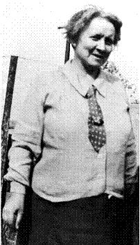 Helena Moloney (1884-1967), Irish Independence fighter, feminist, trade unionist, fought & was imprisoned in Dublin in 1916.