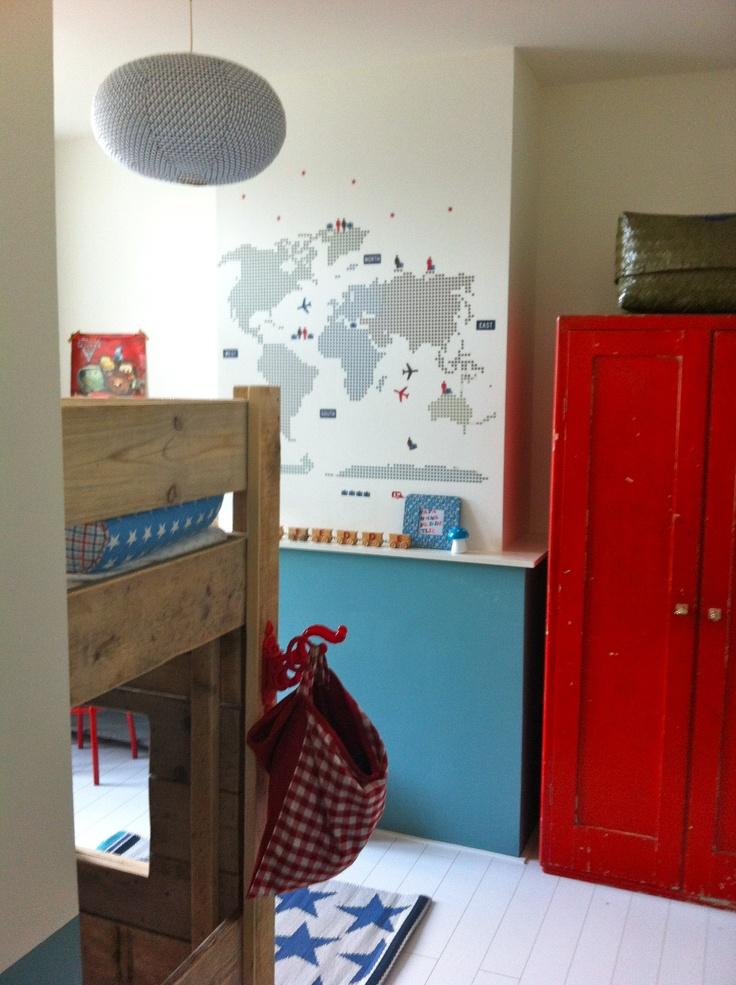 Big boy's room/kinderkamer