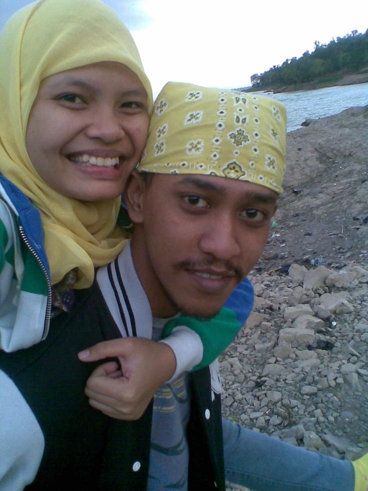laugh and love @waduk Gajah Mungkur :)