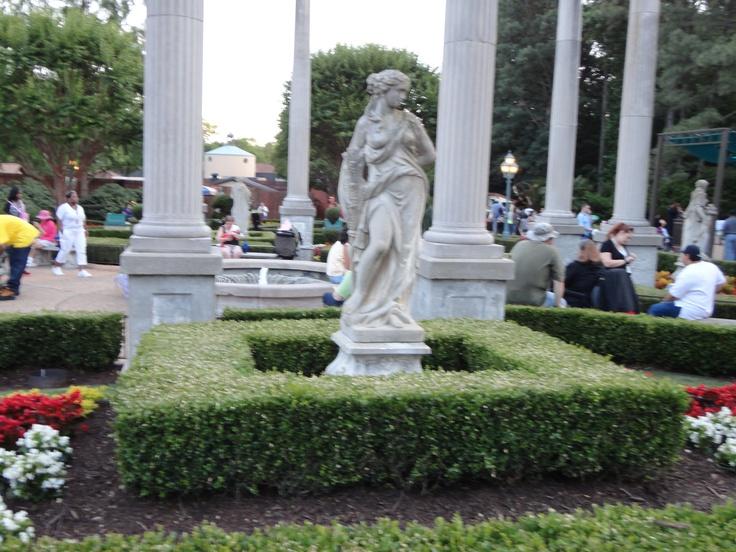 17 Best Images About Busch Gardens Williamsburg On Pinterest Gardens Sleigh Rides And Parks
