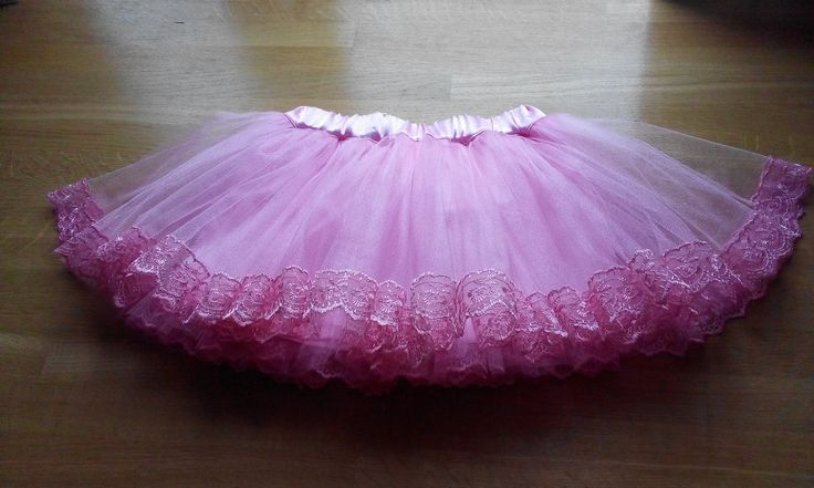 Розовый кадиллак, два слоя. Нижний около 4м, верхний около 7,5м https://vk.com/bridalfabrics?w=wall-47962129_96219%2Fall