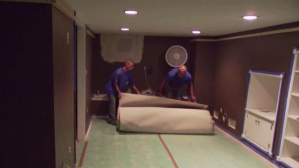 Jason Cameron shares quick tips on how to install carpeting. From the experts at DIYNetwork.com.