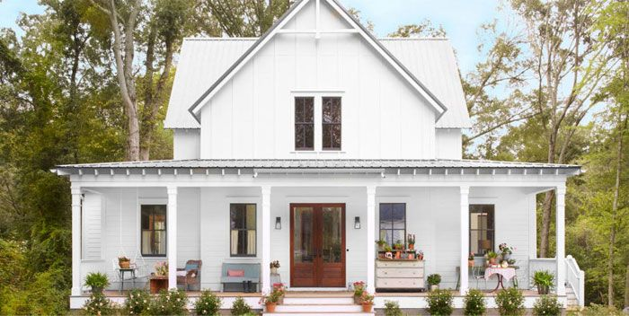 25 best ideas about contemporary farmhouse exterior on for Modern house characteristics