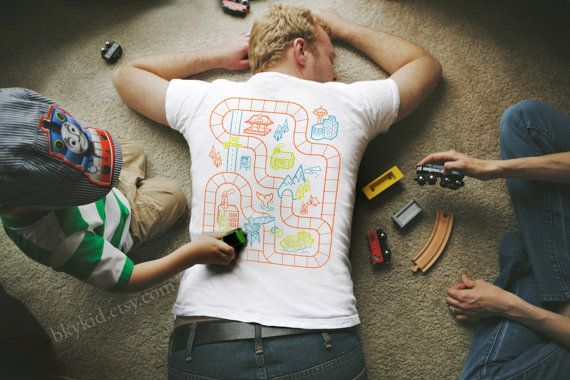 Size L - Railroad Play Mat T-Shirt : Playtime for Kids, Back Massage for Dad / Fathers Day Gift New Daddy Father Son Train Track Mat