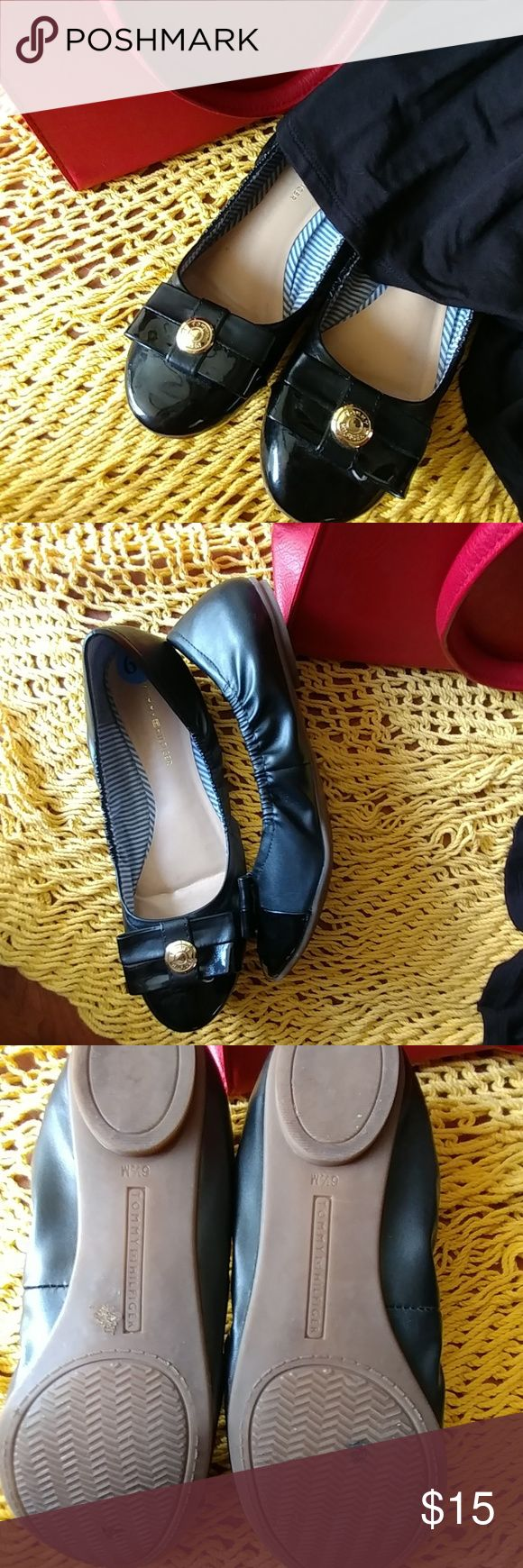 Black flats, loafers Tomy Hilfiger black and pattent leather flats, true to size. A thousand possibilities. Tommy Hilfiger Shoes Flats & Loafers
