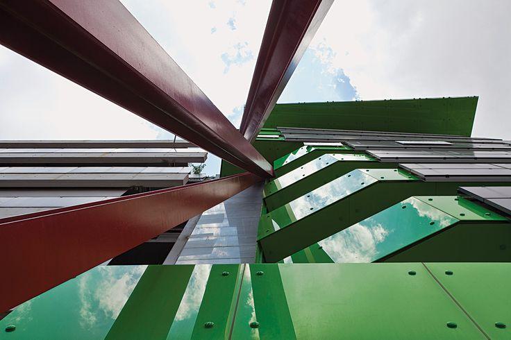 Βιοκλιματική οικοδομή στην Αθήνα, Κώστας Αντωνόπουλος