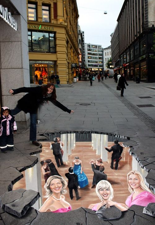 Amazing Street Art Painting 3D Pictures Oslo Norway