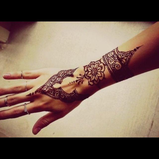 Mehndi Henna Pen : Henna pen makedes
