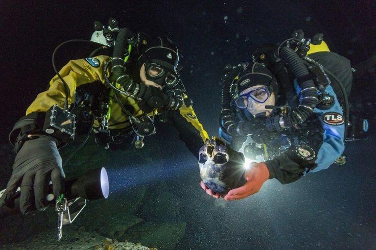 NAIA: Dykkere fant den 12 000 år gamle hodeskallen til en tretten år gammel jente i et oversvømt grottesystem i Mexico. De kalte jenta Naia, etter en vannymfe i gresk mytologi. FOTO: AP